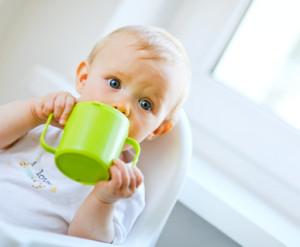 When Should A Breastfeeding Baby Start Drinking Water